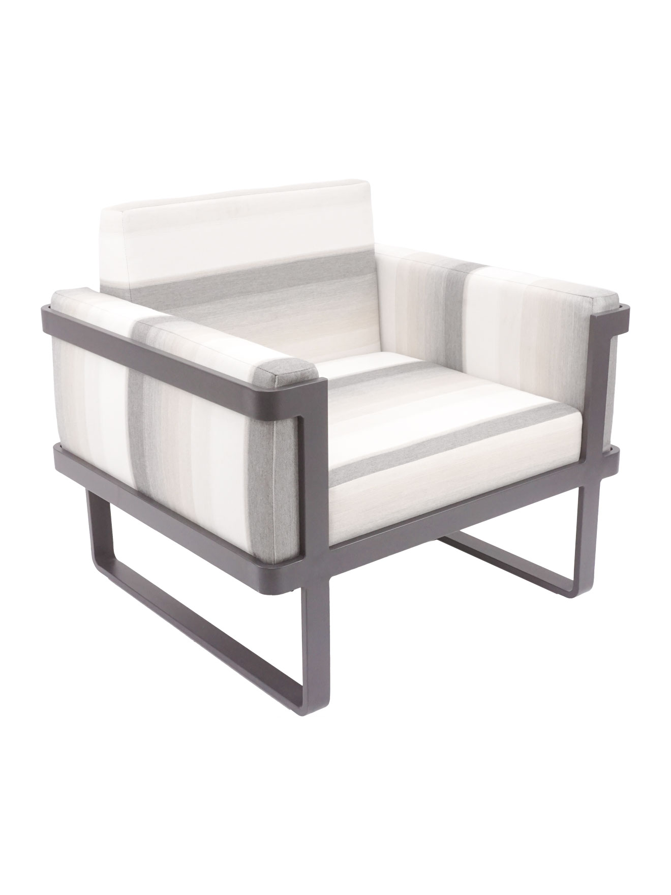 palm-beach-lounge-armchair-chickadee